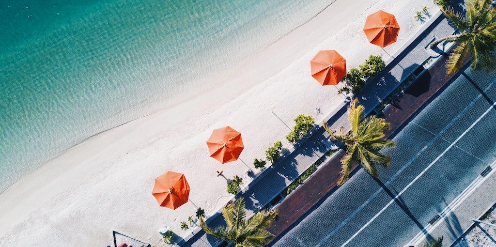 digital nomad work beach